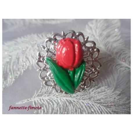 "Bague Ronde Filigrane Argentée Fleur ""Mini Tulipe"" Rouge"