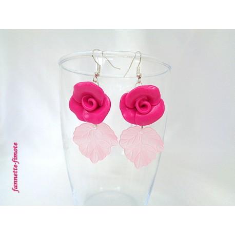 """Boucles d'oreilles Fimo """"Rose"""" + Feuille de Lucite Rose"""