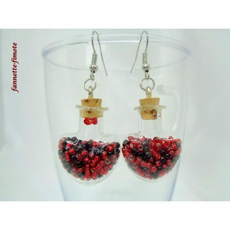 """Boucles d'oreilles """"Fiole Coeur Verre + Perles de Rocaille"""" Rouge/Noir"""