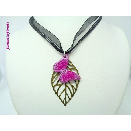 "Collier Fimo ""Papillon"" Rose + Feuille"