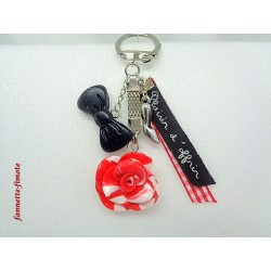 "Porte clé Fimo ""Rose"" Rouge/Blanche + Ruban"