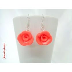 """Boucles d'oreilles Fimo Fleur """"Rose"""" Orange Corail"""
