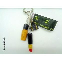 """Porte clé Fimo """"Chanel"""" Rouge à lèvre + Vernis Or"""
