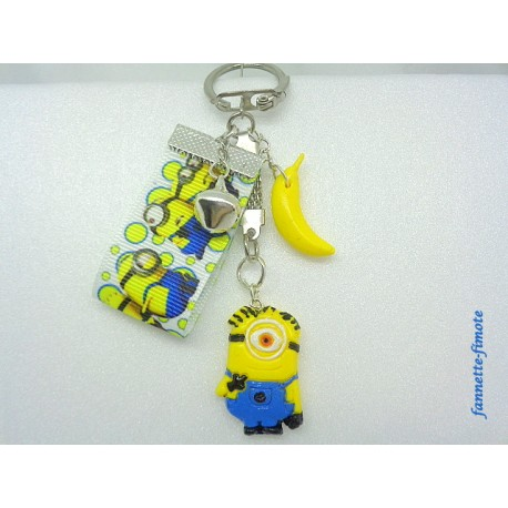 """Porte clé Enfant Fimo """"Minion 1 + Banane"""" Jaune/Bleu"""
