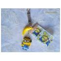 """Porte clé Enfant Fimo """"Minion 2 + Banane"""" Jaune/Bleu"""