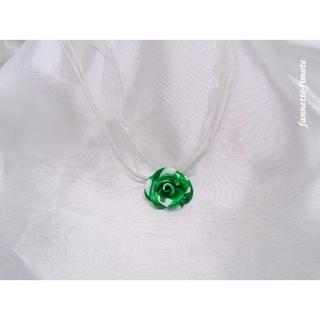 "Collier Fimo Fleur ""Rose"" Vert/Blanc"