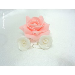 """Boucles d'oreilles Fimo Fleur """"Rose"""" Blanche"""