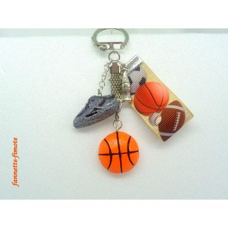 """Porte clé Fimo + Ruban """"Basket"""""""